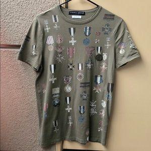 Frankie Morello medal embellished mens  T-shirt